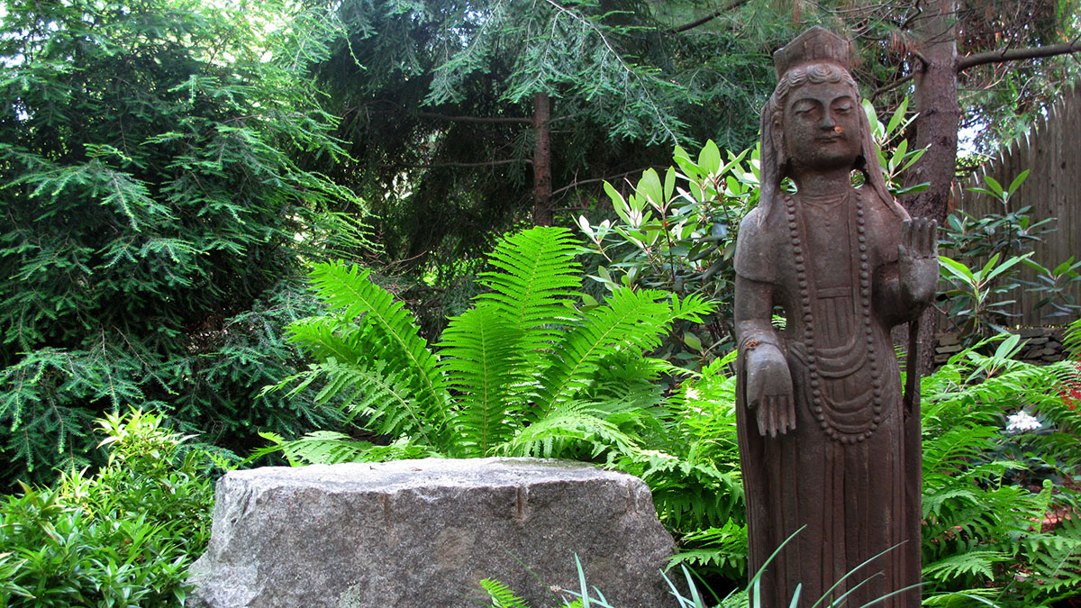 This Garden Buddha Brings Peace to the Space