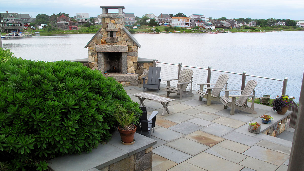 A Full Color, Natural Cleft Bluestone Patio Provides Ample Space for Seating